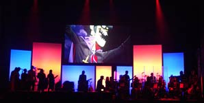 Gorillaz - Demon Days Live at the Manchester Opera House 04/11/05 Live Review