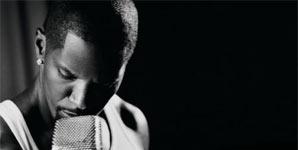 Jamie Foxx - Unpredictable Single Review