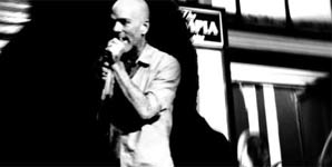 REM - Uberlin Single Review