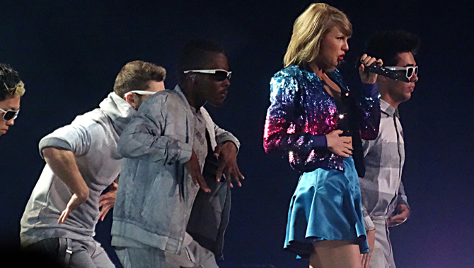 Taylor Swift - Manchester Arena - June 24th 2015 Live Review