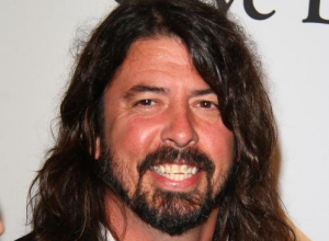 Dave Grohl's Daughter Harper Plays Drums Live With Foo Fighters