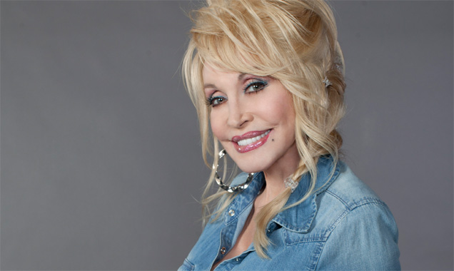 Dolly Parton Scores Uk Platinum Album With Biggest Sales From An International Female In 2014