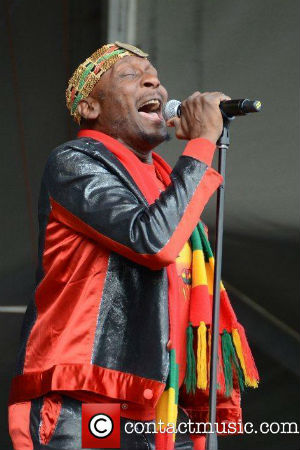 Jimmy Cliff Announces '2013 Many Rivers Crossed Tour'
