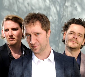 Kraak & Smaak Announce Free Download For My Synths Are The Bomb (D'steph Remix)