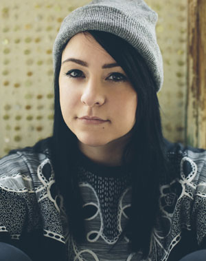 Lucy Spraggan Announces Debut Album 'Join The Club' Released On September 30th 2013