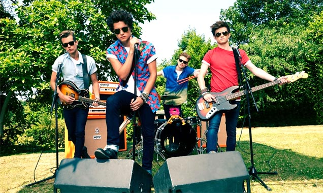 Mtv Uk And Ireland Announce The Vamps As Winners Of Mtv Brand New For 2014
