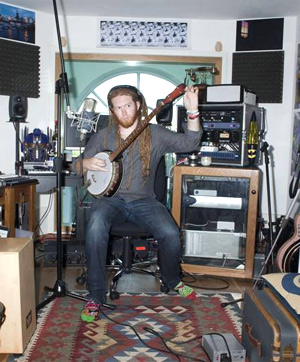 Newton Faulkner New Album 'Studio Zoo' Out On August 26th 2013 Plus Recording To Be Filmed 24/7 In His East London Home