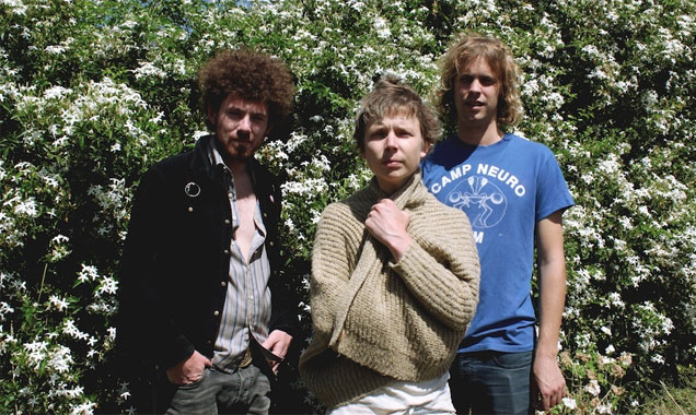 Pond Announce New Single 'Zond' Plus February 2015 UK And European Live Dates