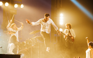 The Queen Extravaganza Adds More Dates To Uk Tour 2013