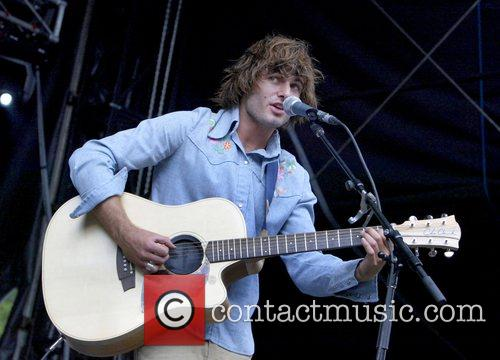 Angus & Julia Stone, Julia Stone Perform Live At Homebake 2007, Australia's Annual Outdoor Music Festival For 'homegrown' Bands and Held At The Domain. 11