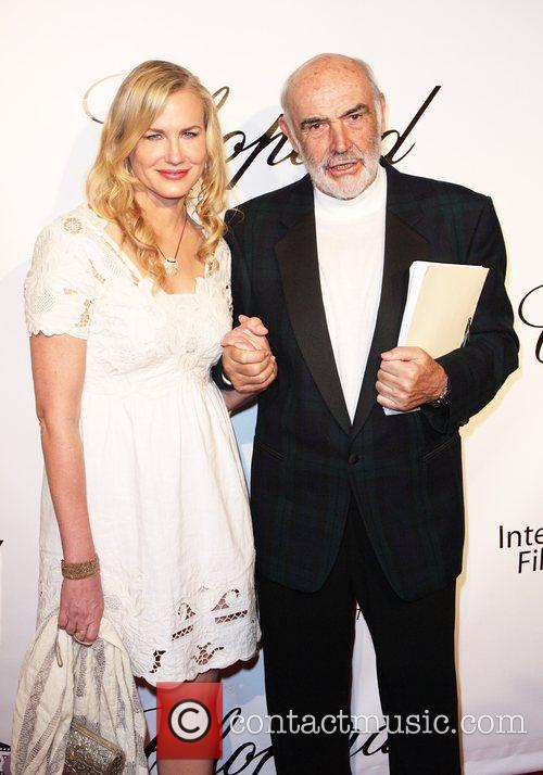 Daryl Hannah and Sean Connery