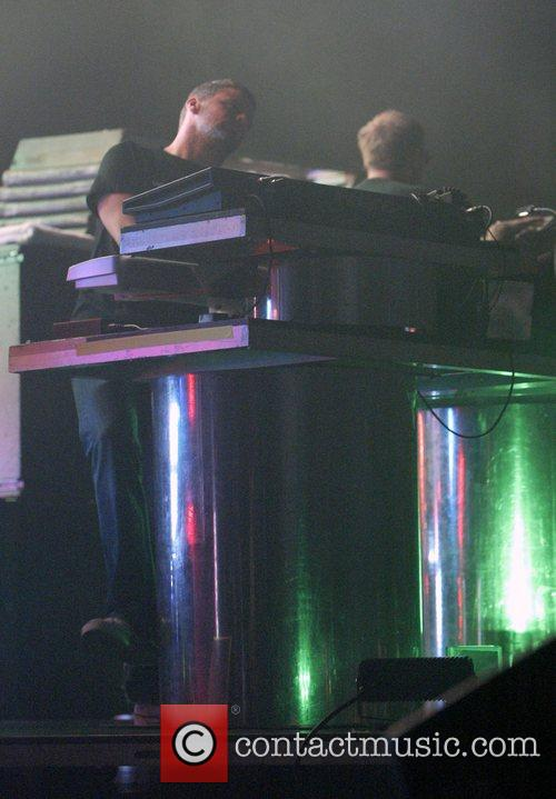 Tom Rowlands and Chemical Brothers 5