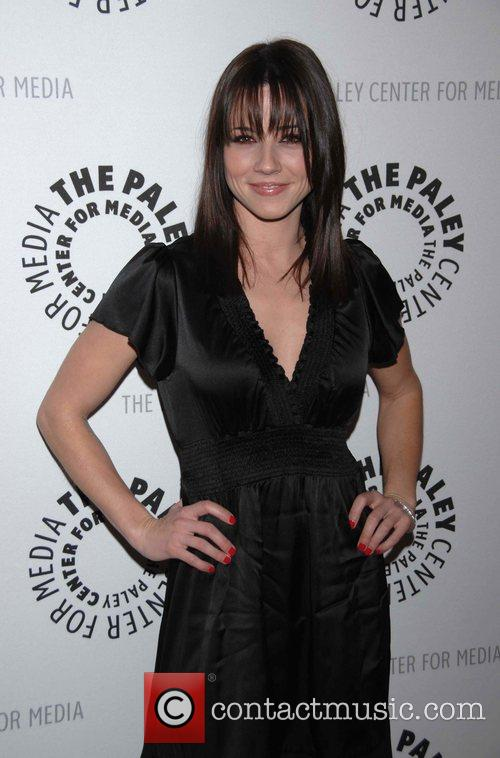 Linda Cardellini 8