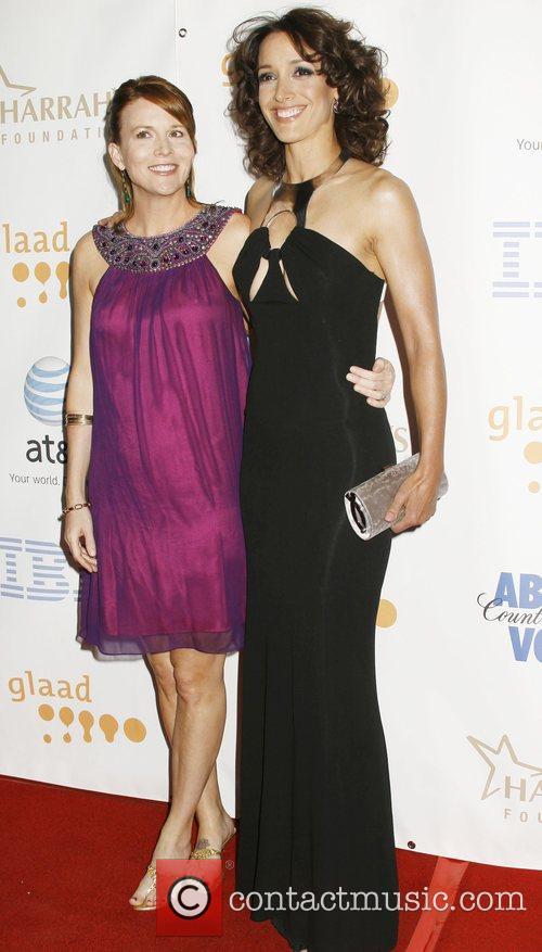 Laurel Holloman and Jennifer Beals