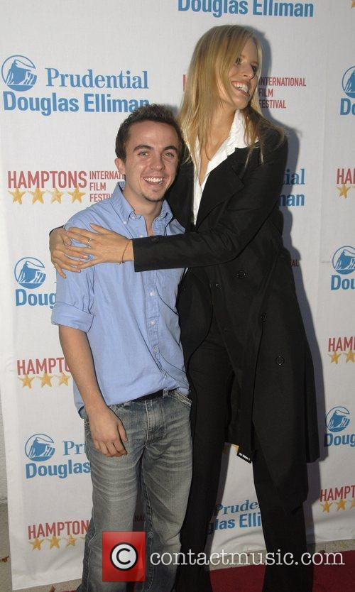Frankie Muniz and Karolina Kurkova
