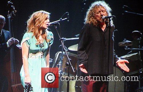 Alison Krauss and Robert Plant 10