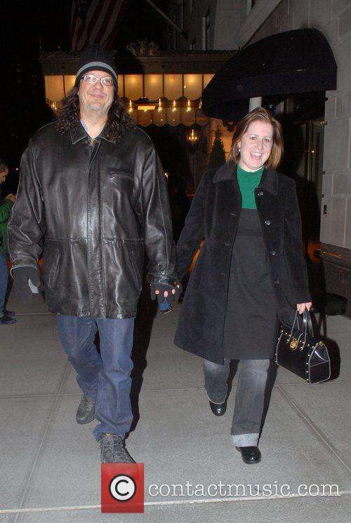 Penn Jillette and Emily Zolten