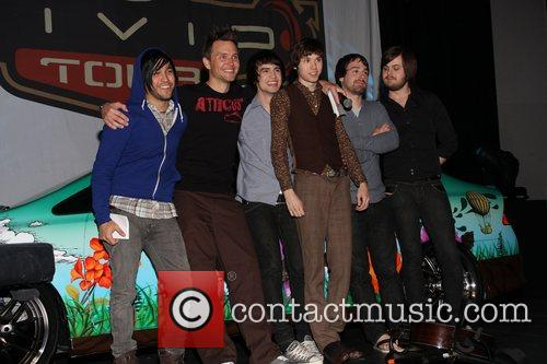 Pete Wentz, Mark Hoppus, Brendon Urie, Ryan Ross, Jon Walker and Spencer Smith