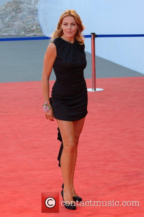 Claudia Gerini 4
