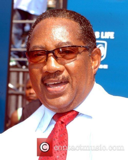 Dr. Bobby Jones 10