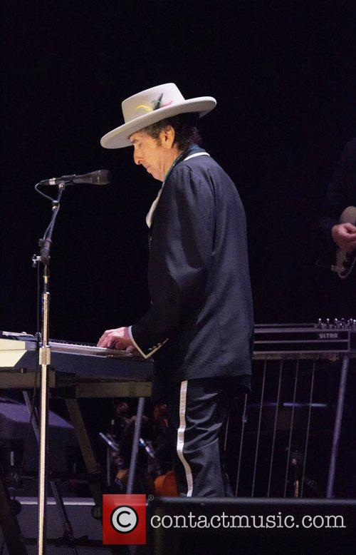 Bob Dylan and Optimus Alive 1