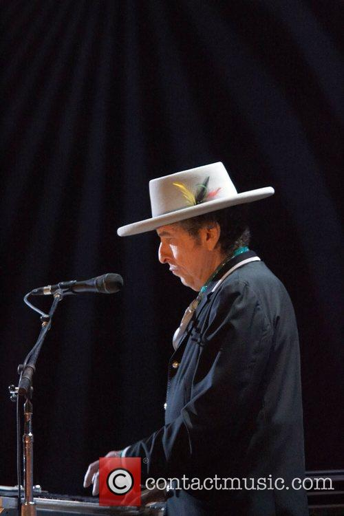 Bob Dylan and Optimus Alive 8