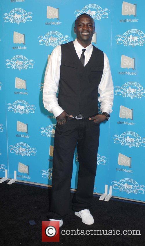 Akon and Mtv