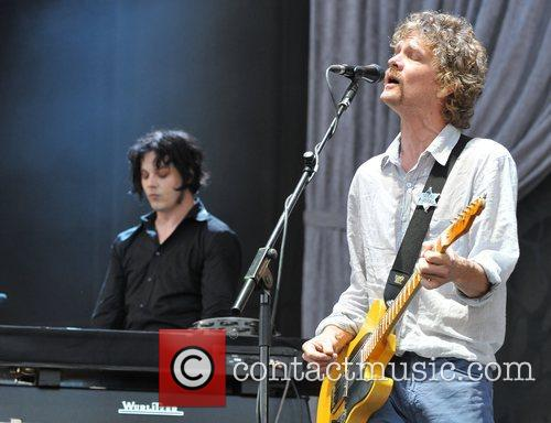 The Raconteurs 4