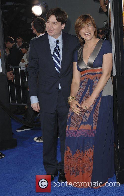 Mike Myers and Mariska Hargitay 6