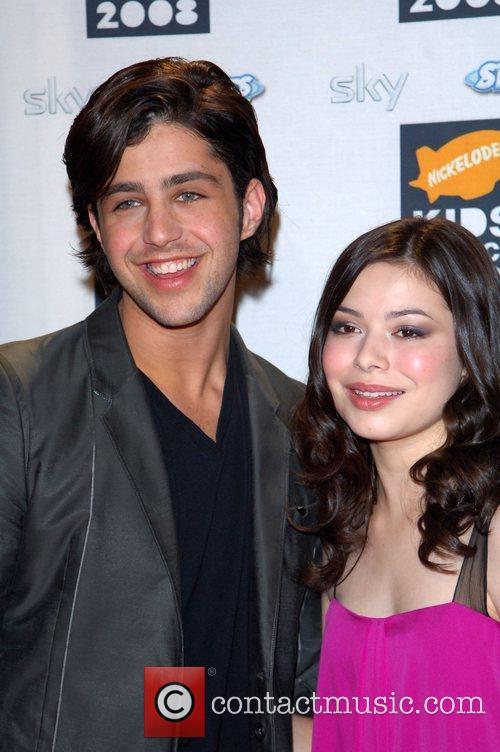 Josh Peck and Miranda Cosgrove 9