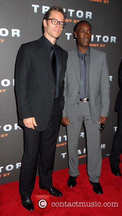 Guy Pearce and Don Cheadle
