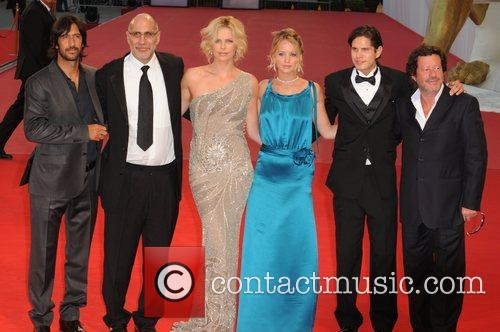 Jennifer Lawrence and Charlize Theron 7