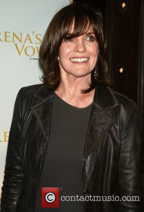 Linda Gray 4
