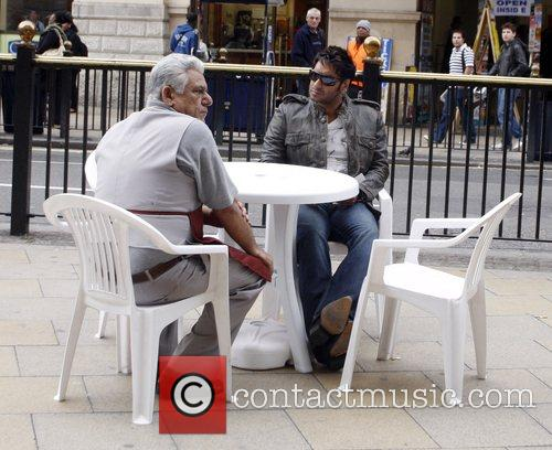 Om Puri and Ajay Devgan