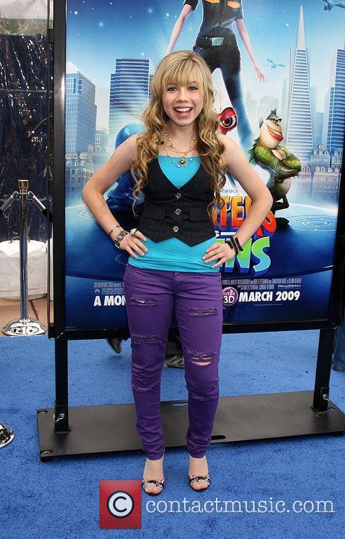 Jennette Mccurdy and Aliens 1