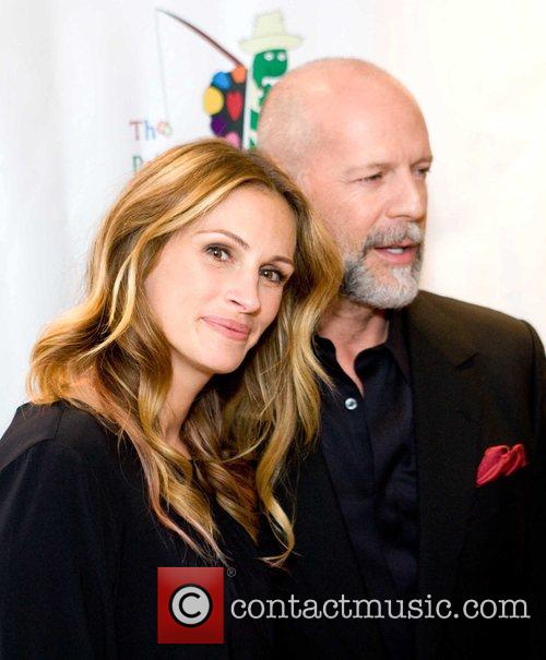 Julia Roberts and Bruce Willis 1