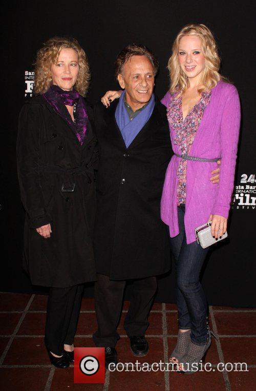 Diane Venora and Kate Winslet