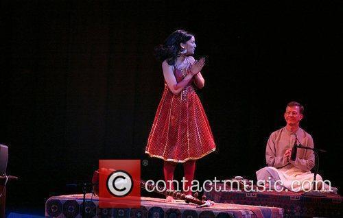 Anoushka Shankar and Ravi Shankar 7