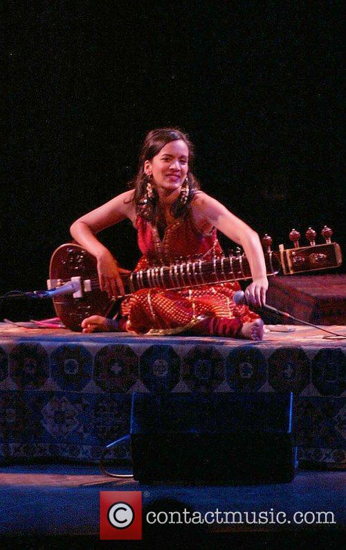 Anoushka Shankar and Ravi Shankar 5