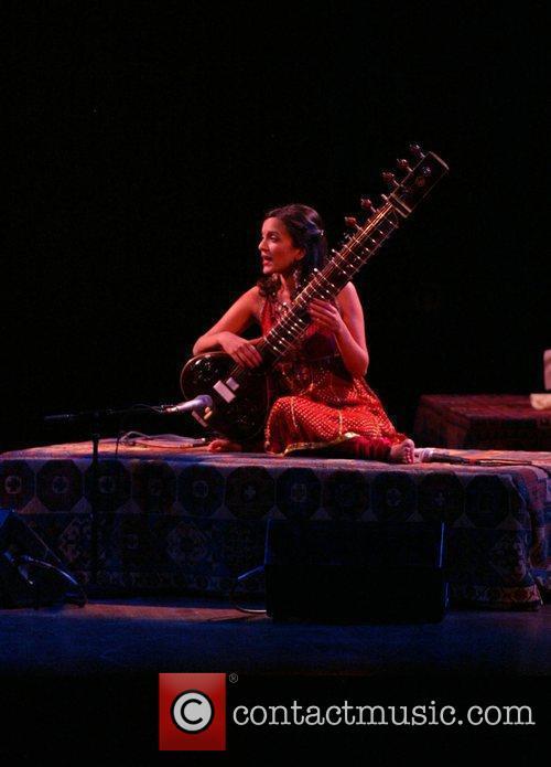 Anoushka Shankar and Ravi Shankar 9