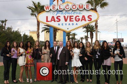 Jessica Gomes, Jessica White and Las Vegas
