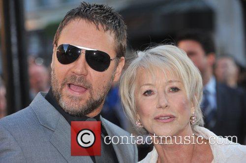 Russell Crowe and Helen Mirren 4