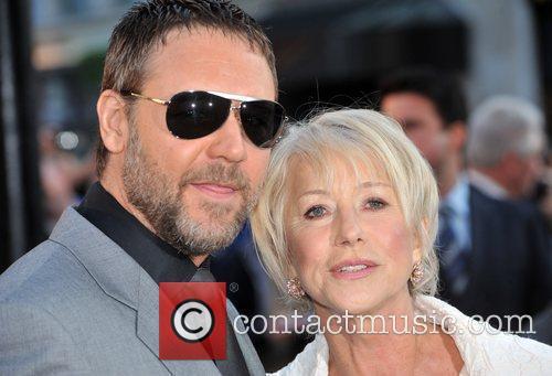 Russell Crowe and Helen Mirren 7