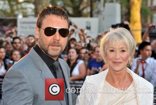 Russell Crowe and Helen Mirren 10