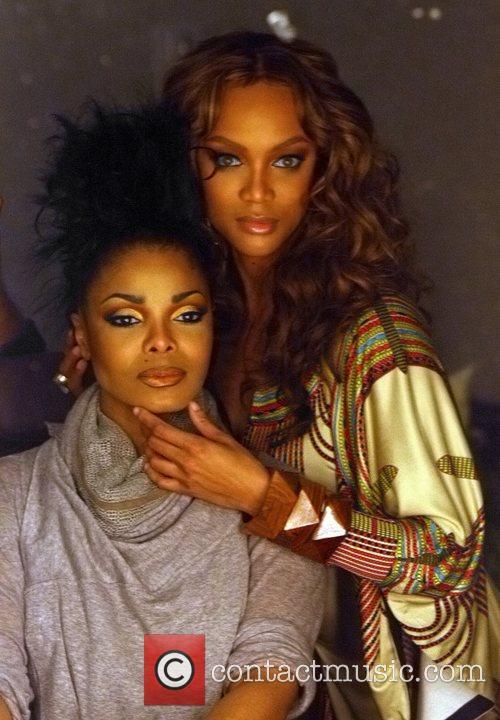 Tyra Banks and Janet Jackson 1