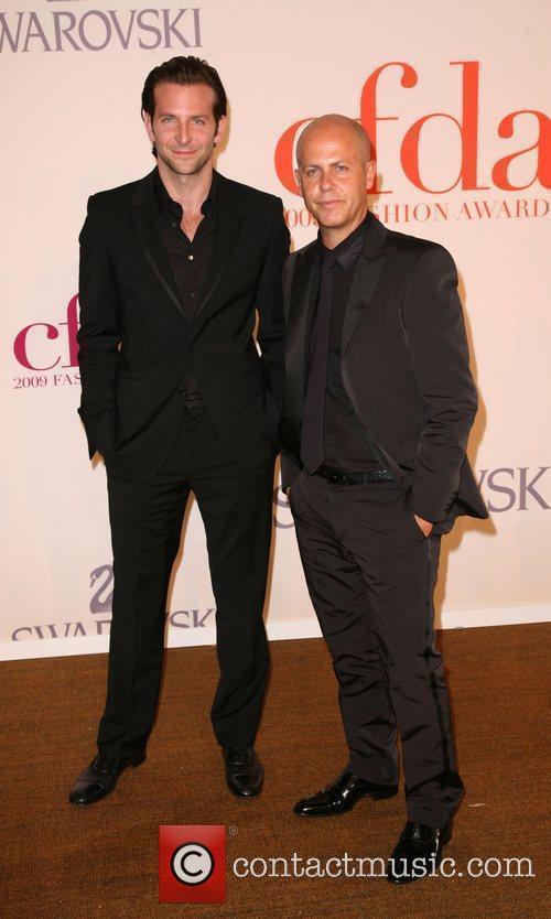 Bradley Cooper, Italo Zucchelli and Cfda Fashion Awards 7