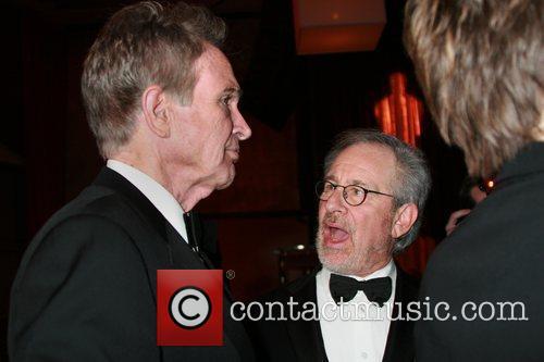 Steven Spielberg and Warren Beatty 3