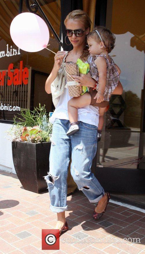 Jessica Alba and Her Daughter Honor Marie Warren 5