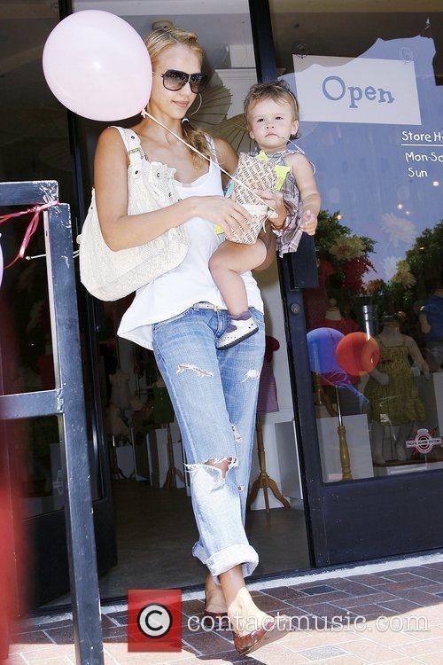 Jessica Alba and Her Daughter Honor Marie Warren 1