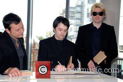 James Dean Bradfield, James Dean and Nicky Wire